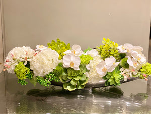 S68 - Modern Centerpiece Arrangement - Flowerplustoronto