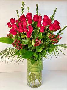 F45 -  Hearts On Fire - Classic Rose Arrangement (36 Roses) - Flowerplustoronto