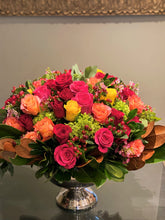 Load image into Gallery viewer, V8 - The Ultimate Vibrant Rose Arrangement - Flowerplustoronto