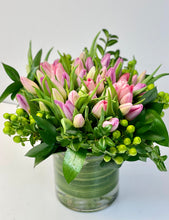 Load image into Gallery viewer, F142 - Tulips in Vase (Tulip Colours based on Availability) - Flowerplustoronto