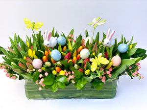 EA18 - Lush Tulip Arrangement (Tulip Colours Based on Availability) - Flowerplustoronto