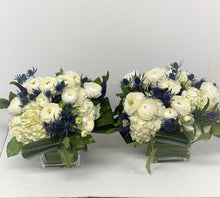 Load image into Gallery viewer, E34 - White and Blue Table Centerpieces - Series Design - Flowerplustoronto