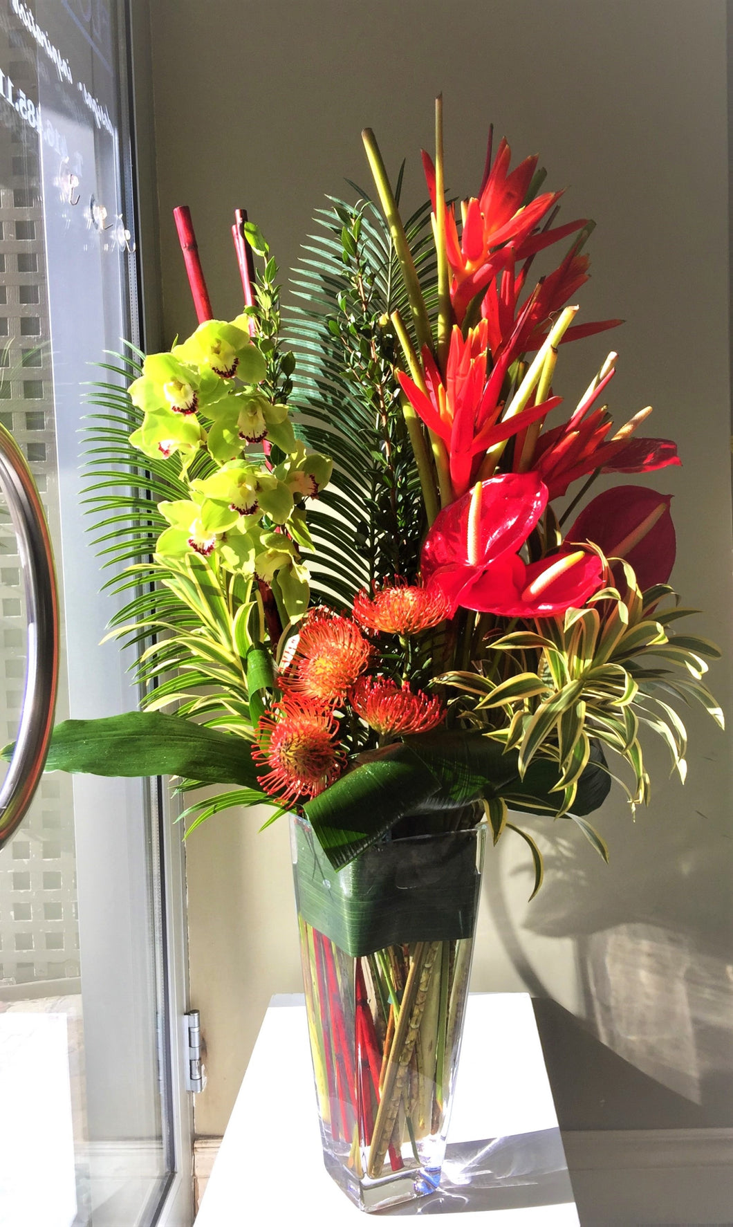 C18 - Tropical Arrangement - Flowerplustoronto