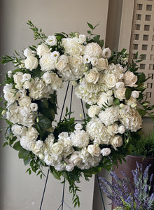 FNS13 - Classic White and Green Wreath - Flowerplustoronto