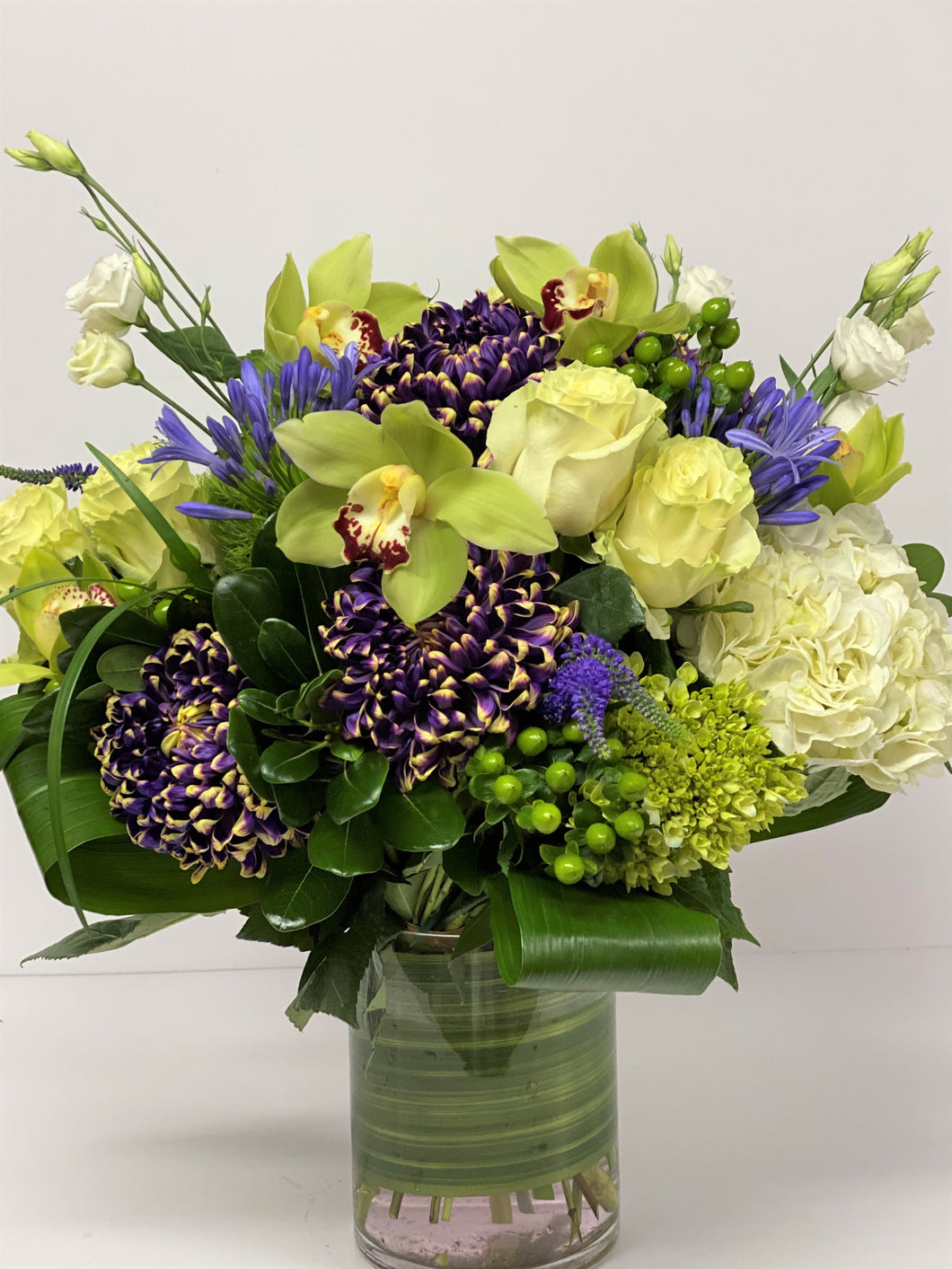 FNV36 - White and Purple Vase Arrangement - Flowerplustoronto