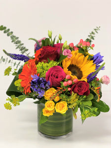 F10 - Bright Summery Vase Arrangement - Flowerplustoronto
