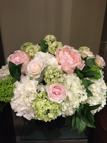 S9 - Classsic English Garden Arrangement - Flowerplustoronto