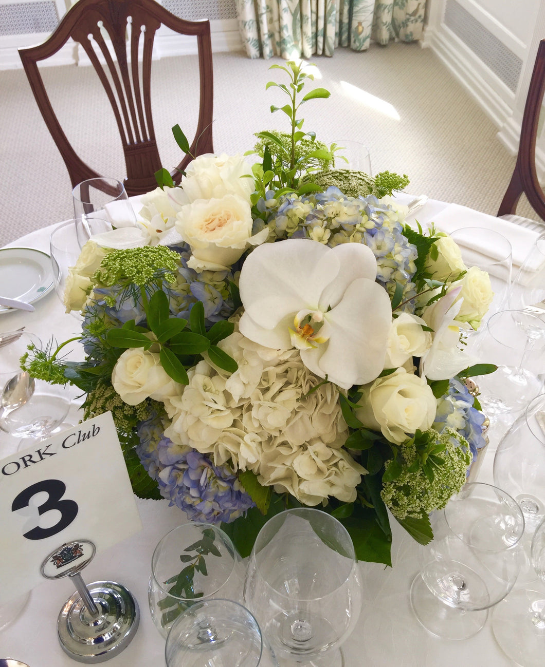 E38 - White and Light Blue Centerpieces - Flowerplustoronto