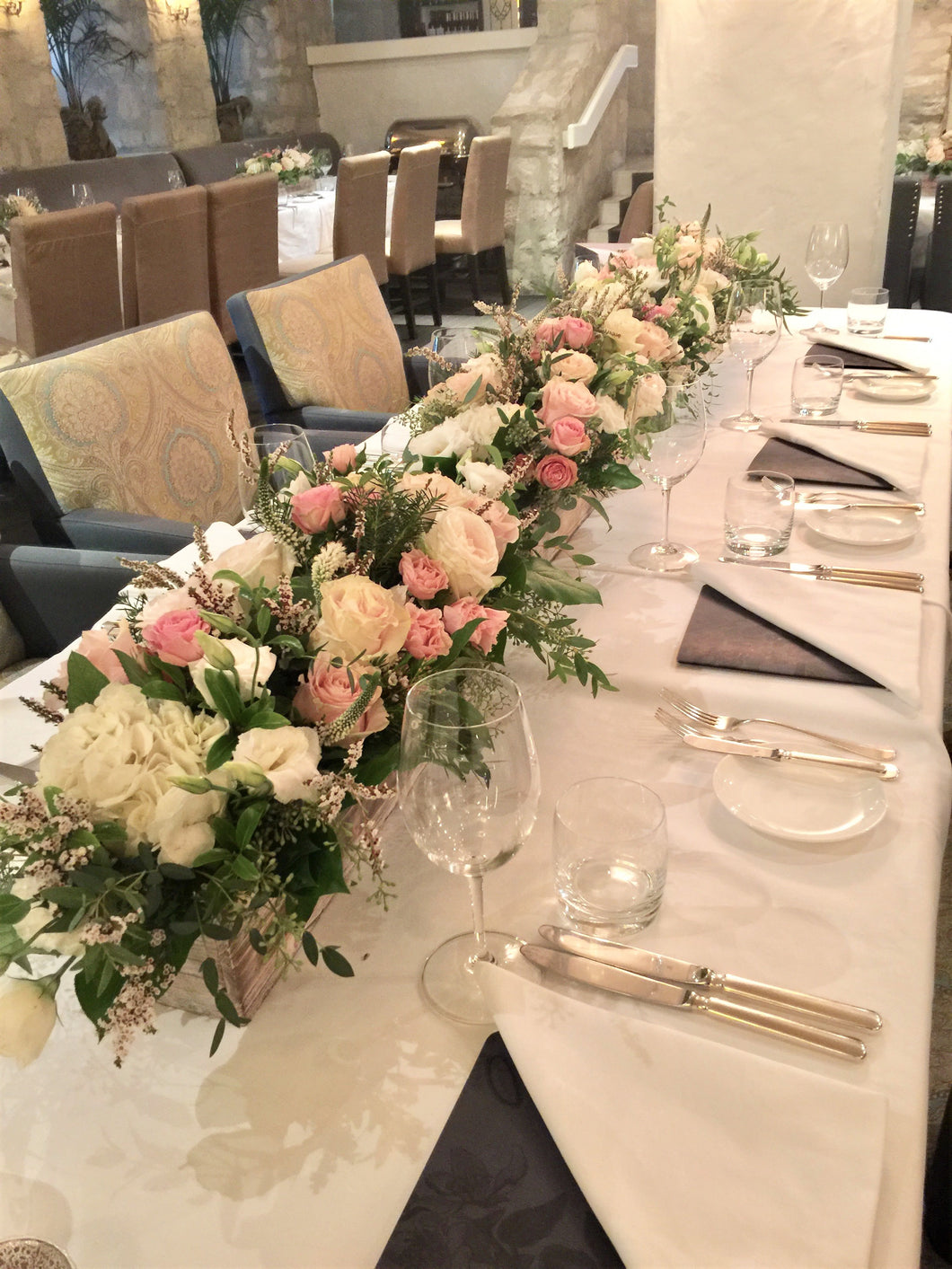 Pastel and Ivory centerpieces - Flowerplustoronto