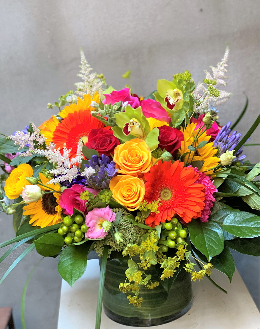 F124 -  Lush Modern Bright Vase Arrangement - Flowerplustoronto