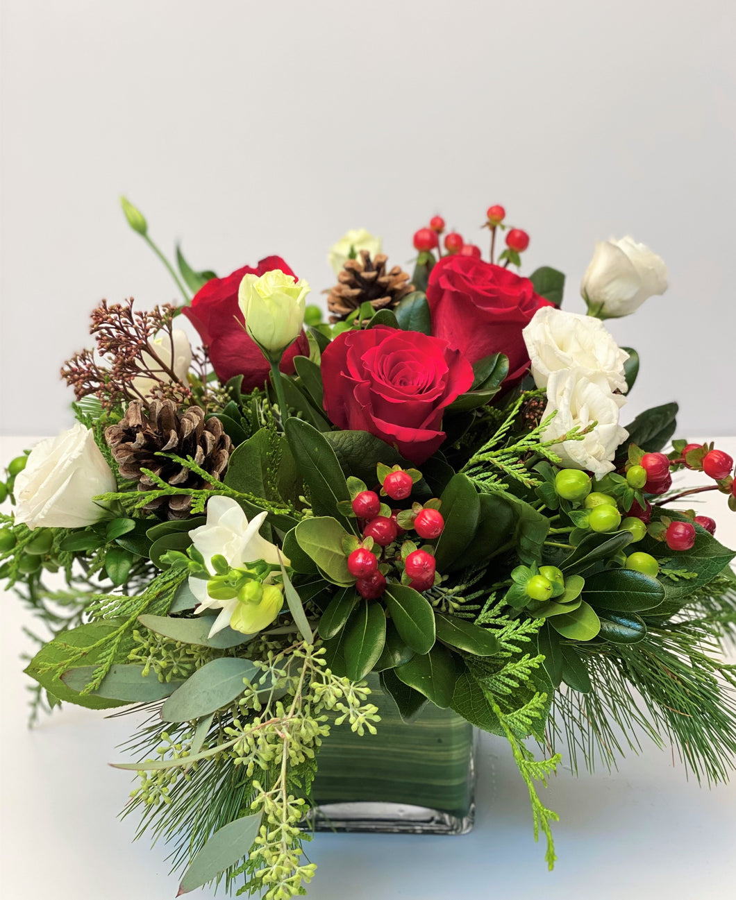 X44 - Festive Holiday Vase Arrangement - Flowerplustoronto