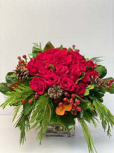 X65 - Classic Red Rose Arrangement - Flowerplustoronto