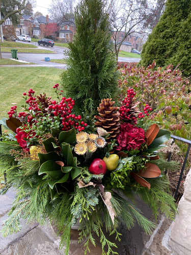 WP20 - Modern Winter Planter - Flowerplustoronto