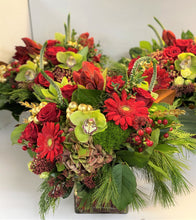 Load image into Gallery viewer, X10 - Lush Classic Holiday Vase Arrangement (Sold individually, per piece) - Flowerplustoronto