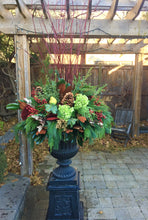 Load image into Gallery viewer, WP35 - Lush Classic Winter Planter - Flowerplustoronto