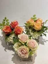 Load image into Gallery viewer, S35 - Small Classic Rose and Hydrangea Arrangement - Flowerplustoronto