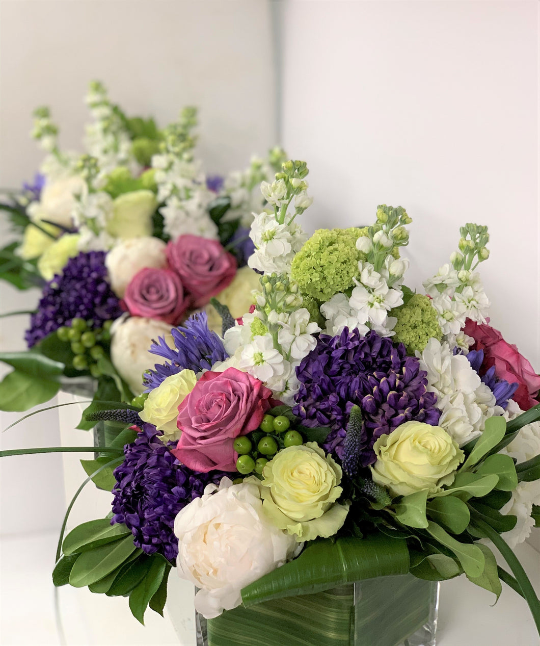 E1 - Shades of Purples and Whites Table Centerpieces - Series Design - Flowerplustoronto