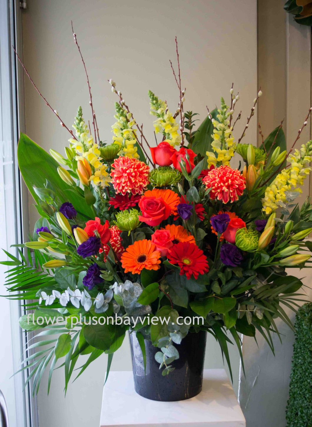 FNV58 - Vivid Tribute Arrangement - Flowerplustoronto