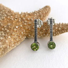Load image into Gallery viewer, peridot sterling silver earrings tube set hammer texture