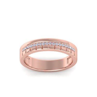 Wedding band in rose gold with white diamonds of 0.10 ct in weight