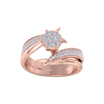 Cluster solitaire ring in rose gold with white diamonds of 0.57 ct in weight