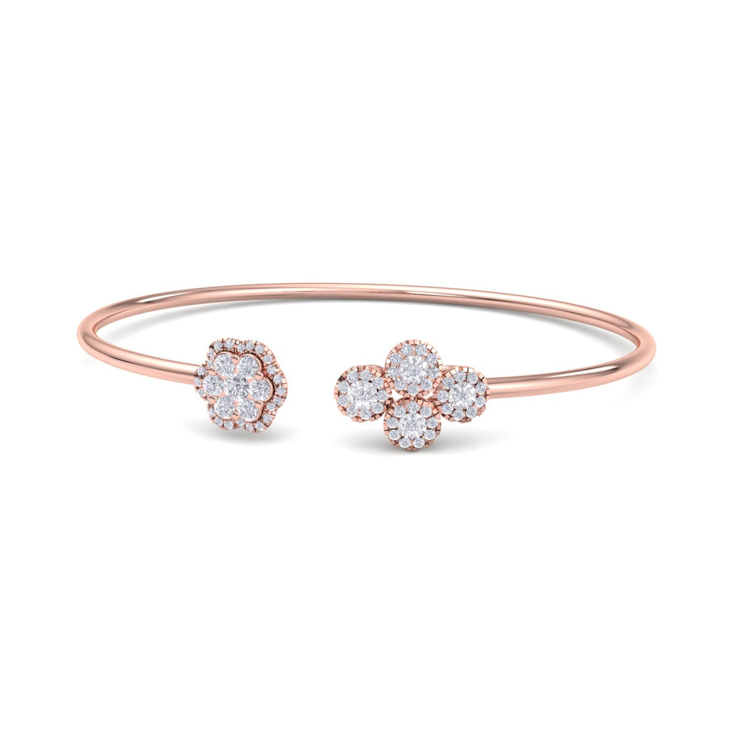 Bangle with flower in rose gold with white diamonds of 0.69 ct in weight