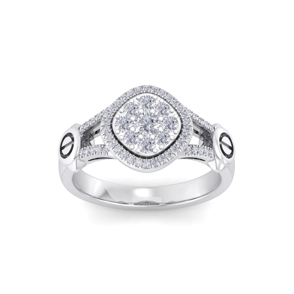 Ring in white gold with white diamonds of 0.58 ct in weight