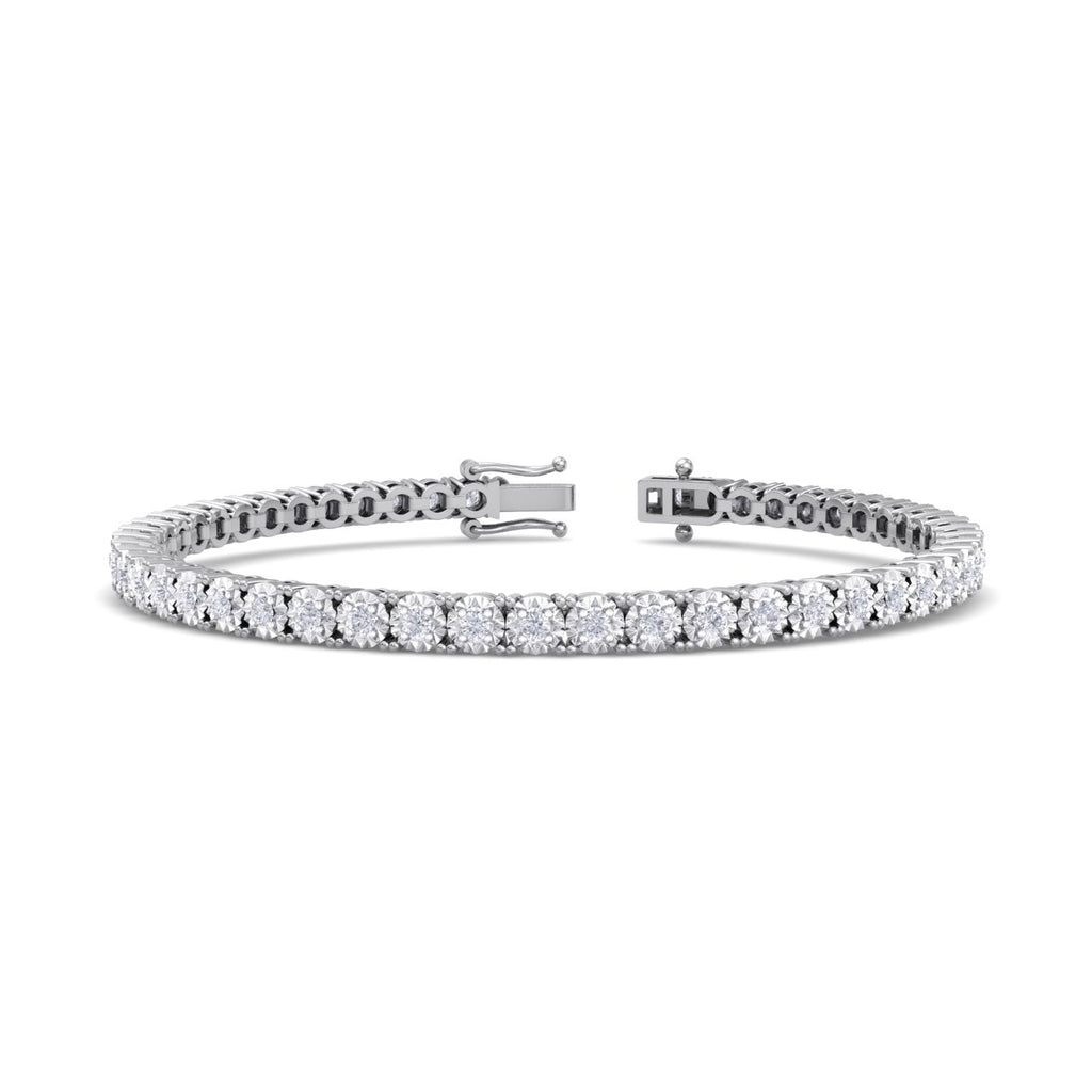Tennis bracelet in white gold with white diamonds of 1.35 ct in weight