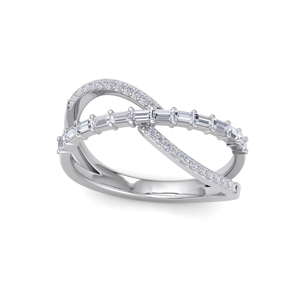 Ribbon ring in white gold with white diamonds of 0.40 ct in weight