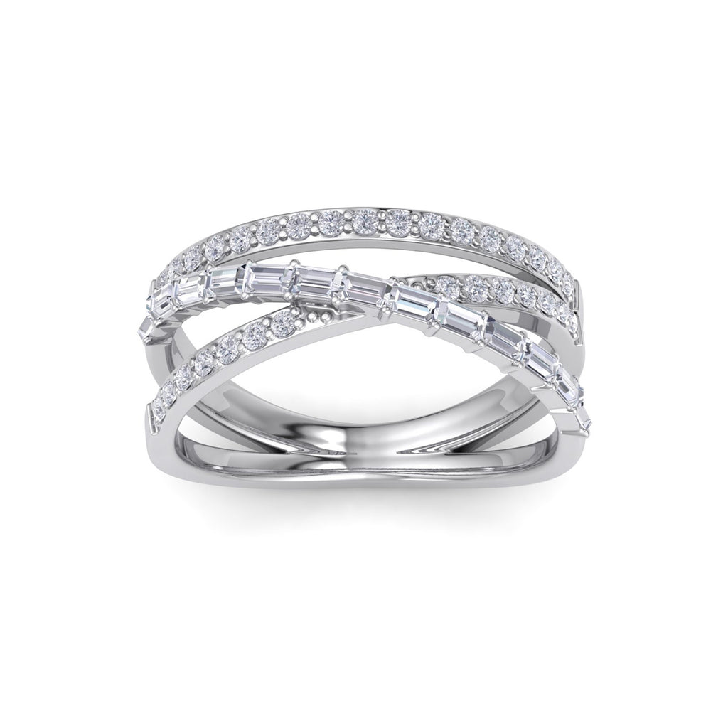 Ring in white gold with white diamonds of 0.72 ct in weight