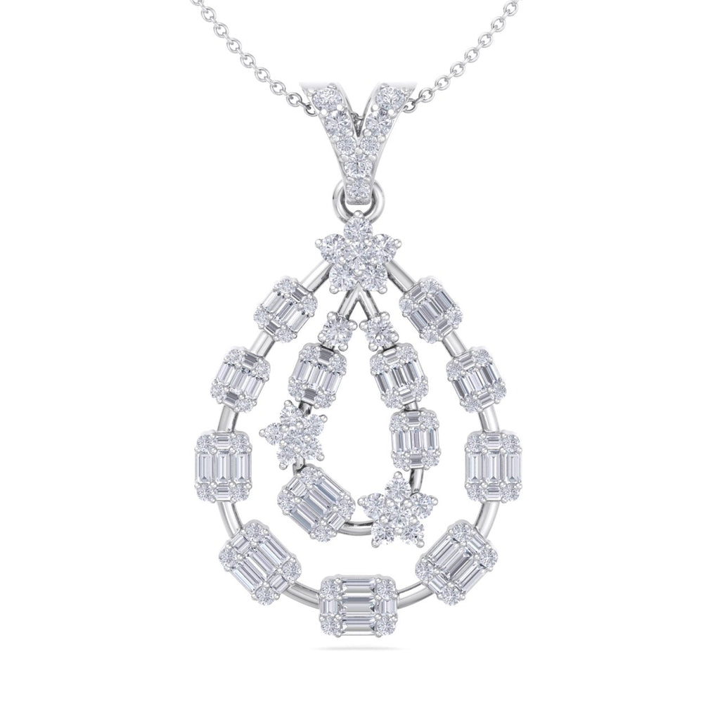 Chandelier pendant in white gold with white diamonds of 1.36 ct in weight