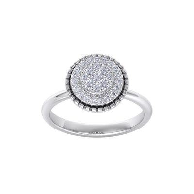 Round cluster ring in white gold with white diamonds of 0.38 ct in weight