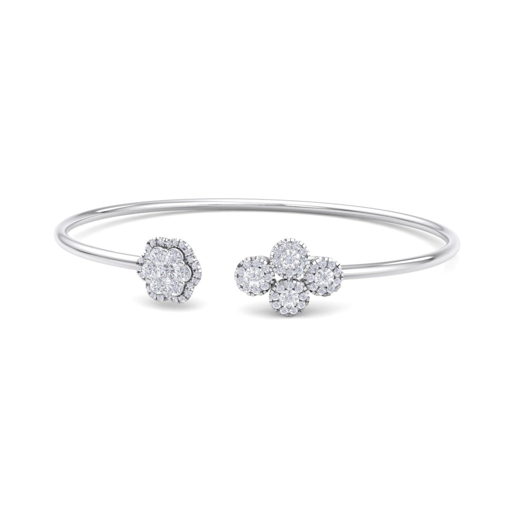 Bangle with flower in white gold with white diamonds of 0.69 ct in weight