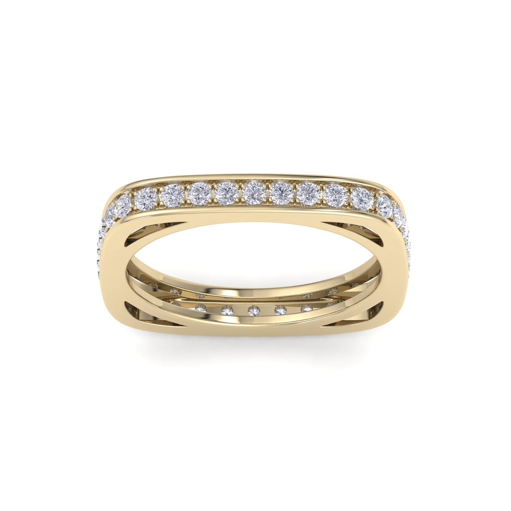 Square ring in yellow gold with white diamonds of 0.58 ct in weight