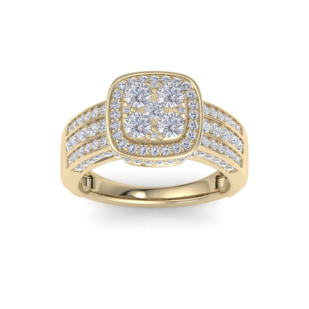 Square halo ring in yellow gold with white diamonds of 1.63 ct in weight