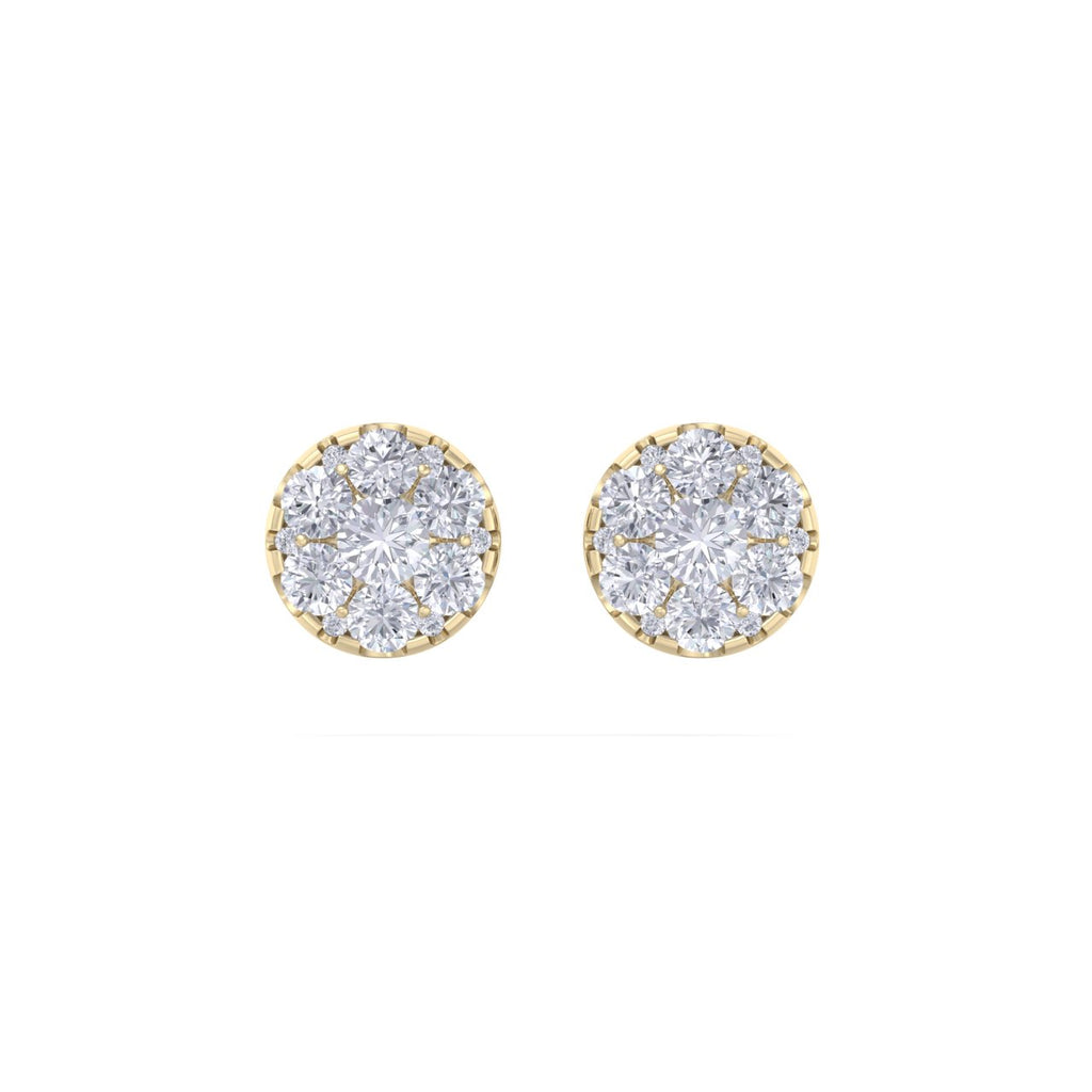 Round stud earrings in yellow gold with white diamonds of 0.84 ct in weight
