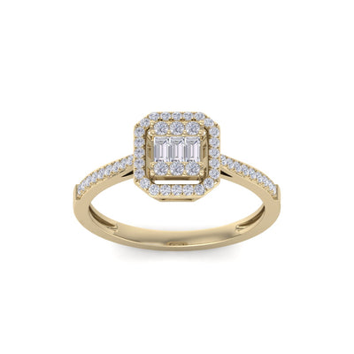 Square engagement ring in yellow gold with white diamonds of 1.70 ct in weight