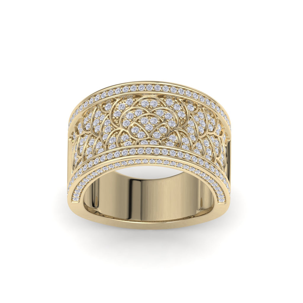 Wide ring in yellow gold with white diamonds of 0.82 ct in weight