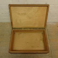 Load image into Gallery viewer, Vintage-Style Small Dovetail Wooden Storage Box - 071220-05