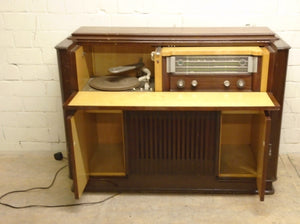 Vintage Antique Cabinet Record Player With Radio - 301220-02