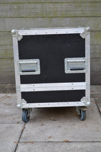 Load image into Gallery viewer, Case Line Flight Case Wheeled Rack