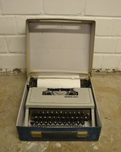 Load image into Gallery viewer, Original Vintage Olivetti Dora Portable Typewriter In Original Case - 180121-05