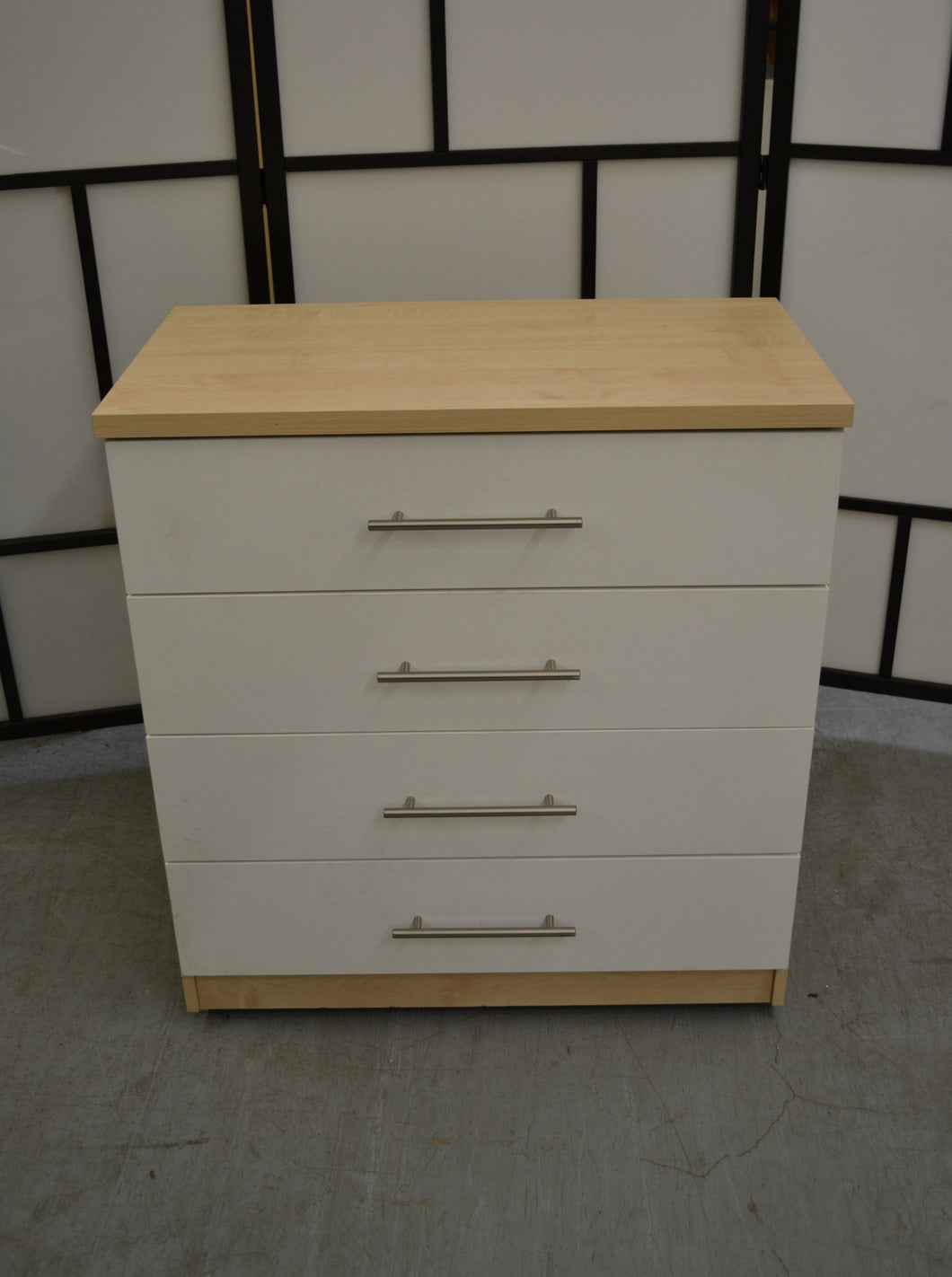 Modern 4 Drawer Chest Of Drawers With Castors - 190121-14
