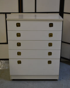 Vintage Austinsuite 5 Drawer Faux Marble Effect Top Chest of Drawers On Castors, White - 200121-06