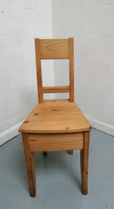 Small Wooden Children's Chair - 090421-06