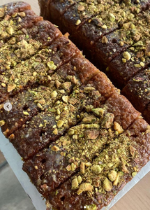 Lemon & Pistachio loaf Slices