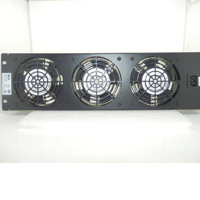 Tripp-Lite SmartRack Panel-Mounted Triple Fan Tray 120V 60Hz 0.8A SRFAN3U