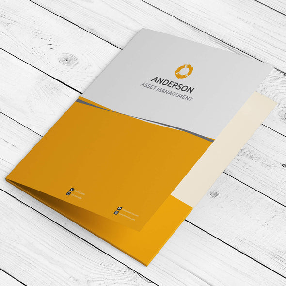 Create a professional first impression with custom presentation folders from PrintSource360.