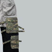 "Load image into Gallery viewer, Takahiro Miyashita NUMBER (N)INE Grey / Black Hybrid Cargo Pants AW2005 ""The High Streets"" Collection"