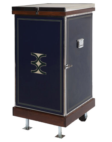Phoenix West Customizable Saddle/Vertical Trunk